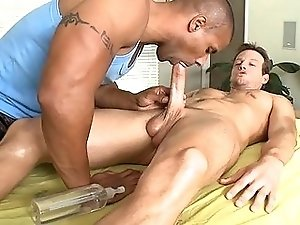 Homo hunk likes to get his anal tunnel drilled