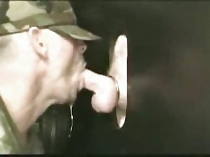 gloryhole cocksucker (gay)
